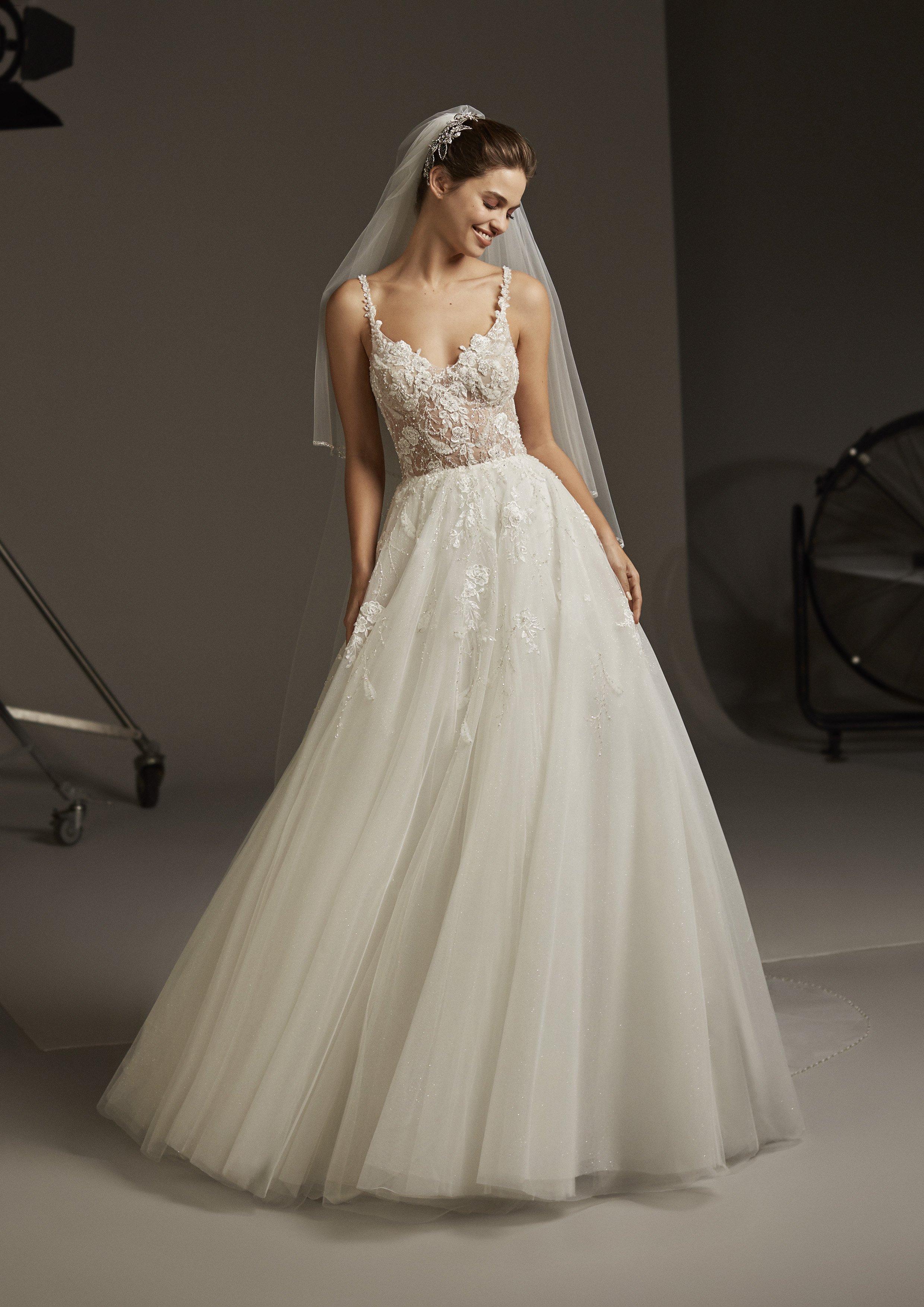 negozio online a9836 2a7cf Abiti da sposa - Juliet- Pronovias - Radiosa Atelier Aprilia